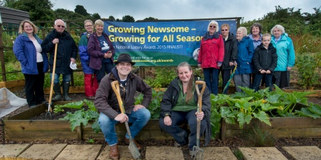 Simon Gregson with Growing Newsome